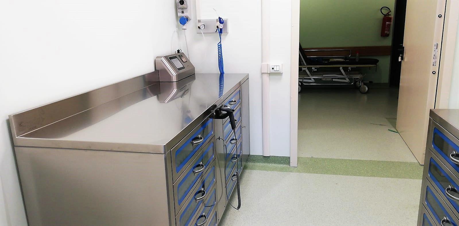 Drs 215 nuova installazione dei nostri armadi for Armadi padova